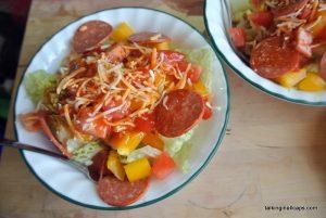 Pizza Salad - talkinginallcaps.com