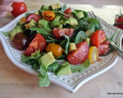 Avocado, Spinach and Tomato Salad